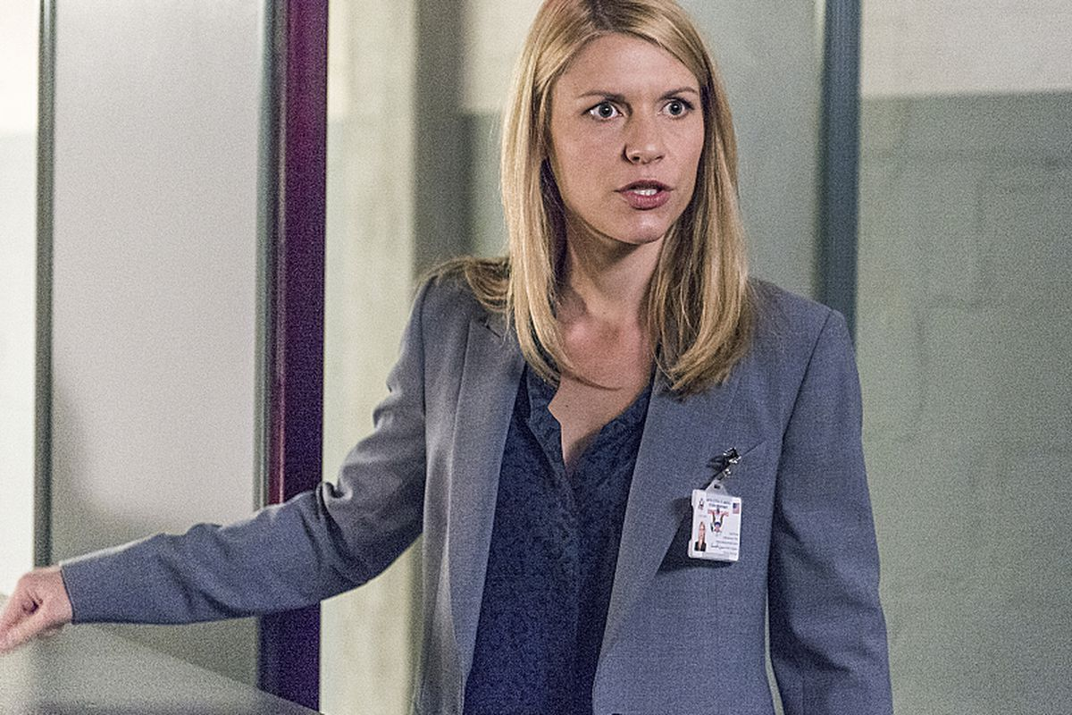 Carrie Mathison (Claire Danes) makes a horrifying choice in last night's Homeland premiere.