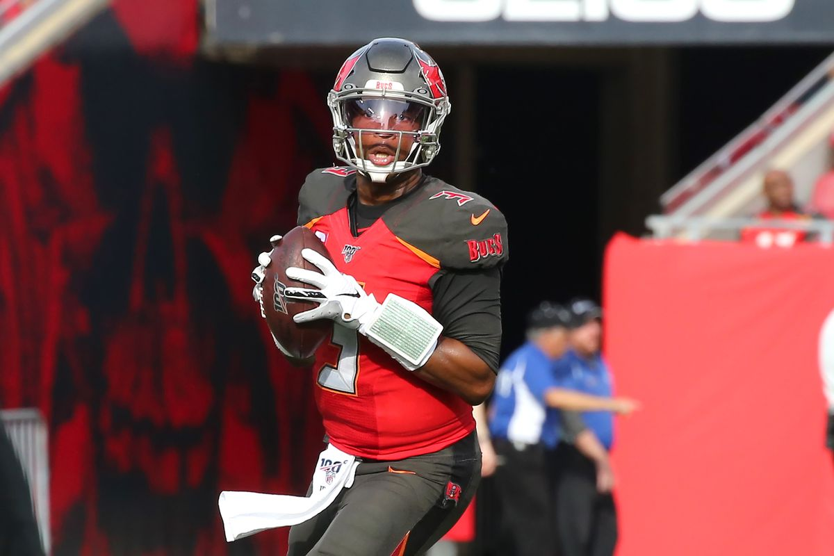 Jameis Winston of the Bucs looks for an open receiver during the regular season game between the Atlanta Falcons and the Tampa Bay Buccaneers on December 29, 2019 at Raymond James Stadium in Tampa, Florida.