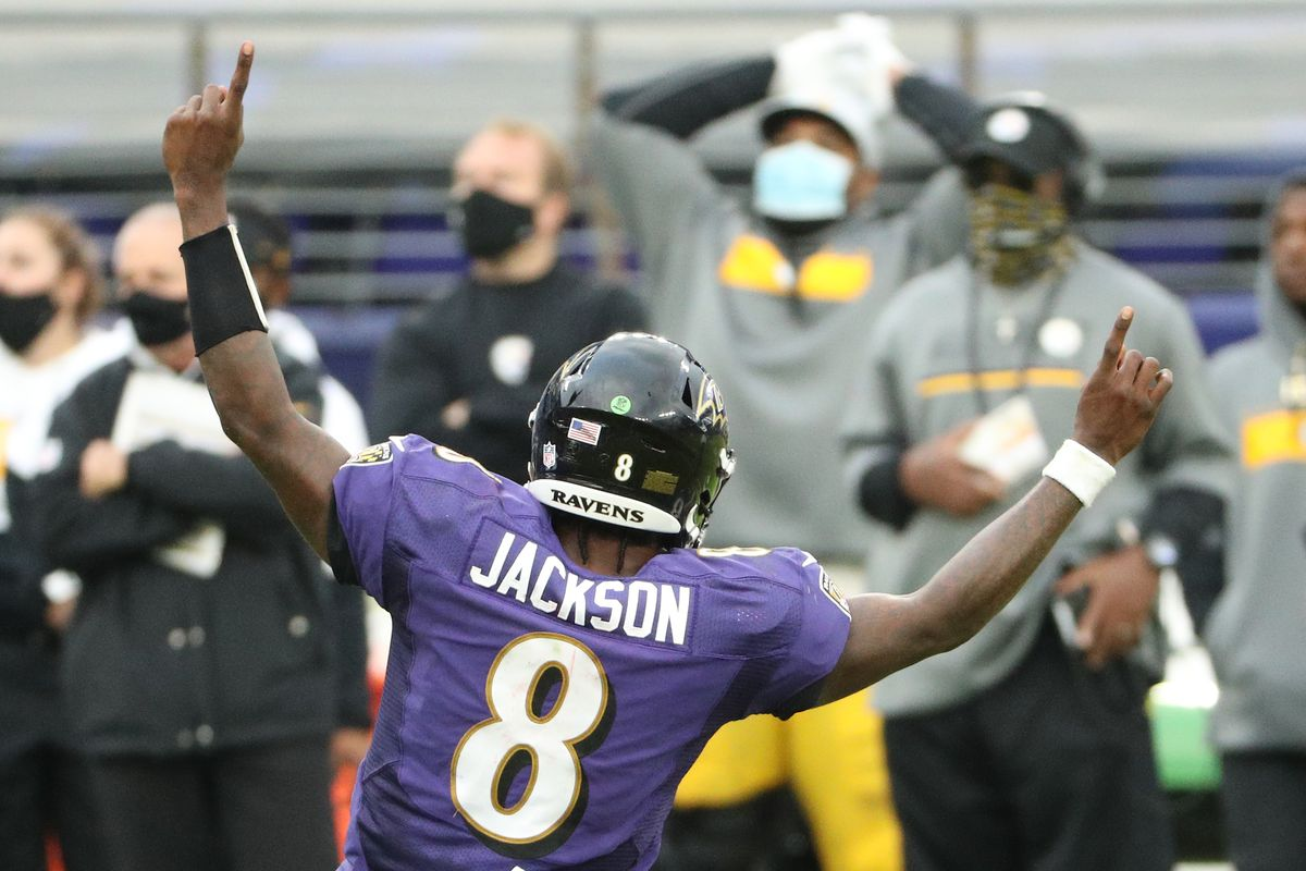 Quarterback Lamar Jackson #8 of the Baltimore Ravens celebrates a touchdown against the Pittsburgh Steelers at M&T Bank Stadium on November 01, 2020 in Baltimore, Maryland.