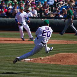 Mike Olt barehanded play -