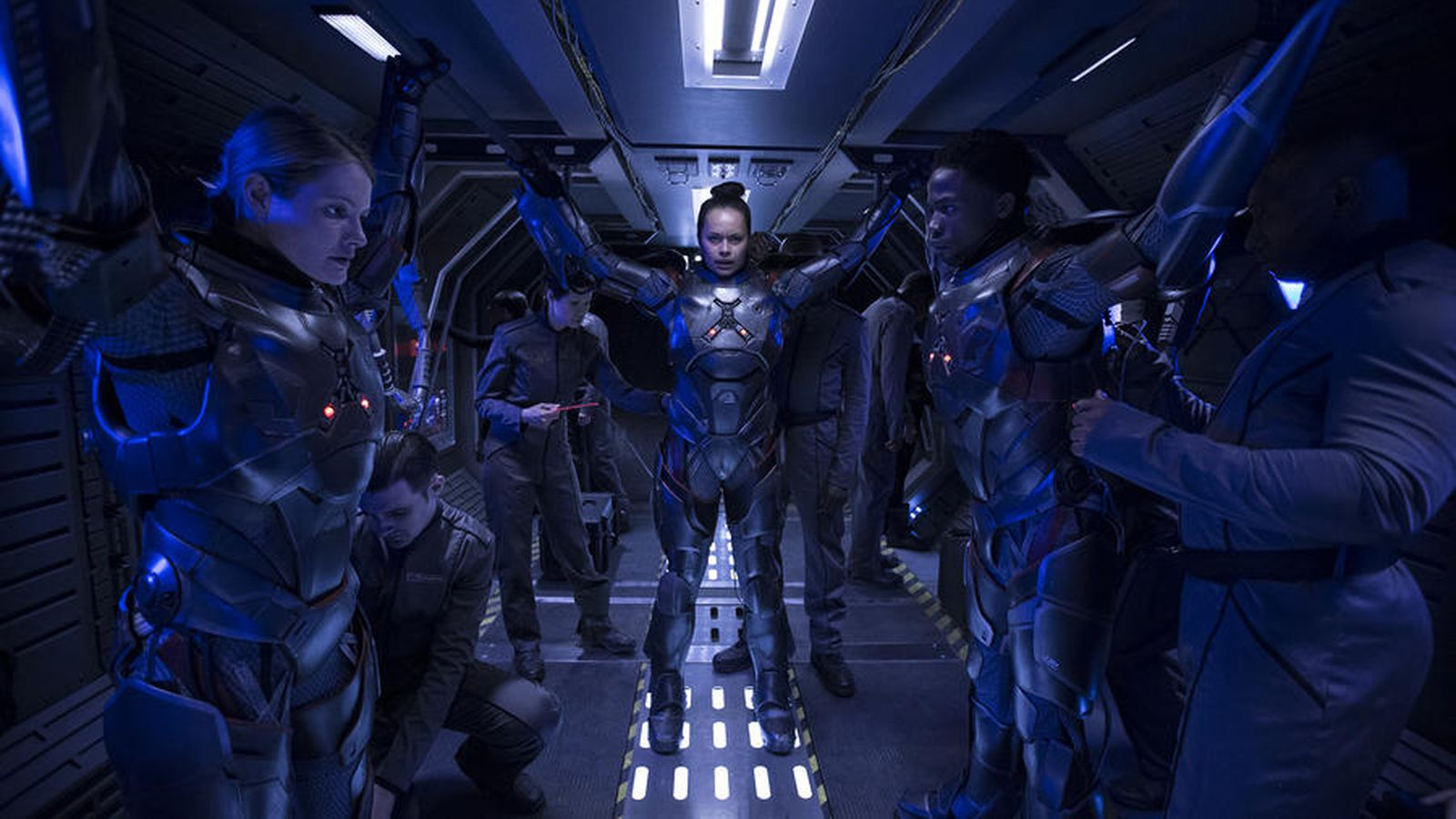 Syfy Is Setting The Stage For An Explosive Second Season Of The Expanse   The Verge