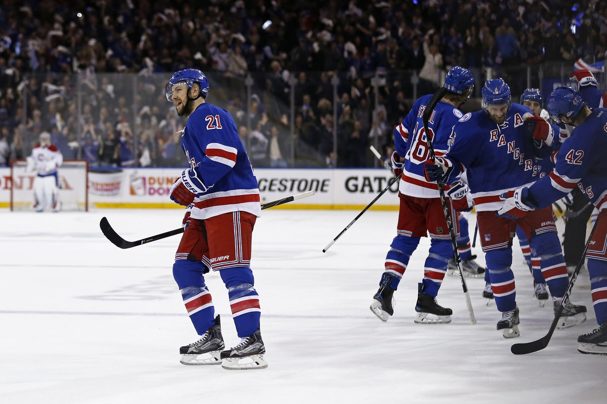 New York Rangers trade Stepan, Raanta to Phoenix; both sides win
