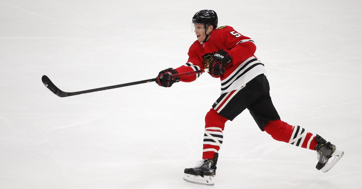 Blackhawks sign Connor Murphy to 4-year extension, cementing new defensive core