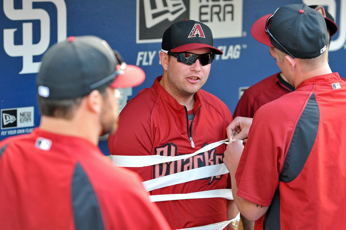 """""""Dear D-backs. Give me more money, or you'll never see Evan Marshall again."""""""