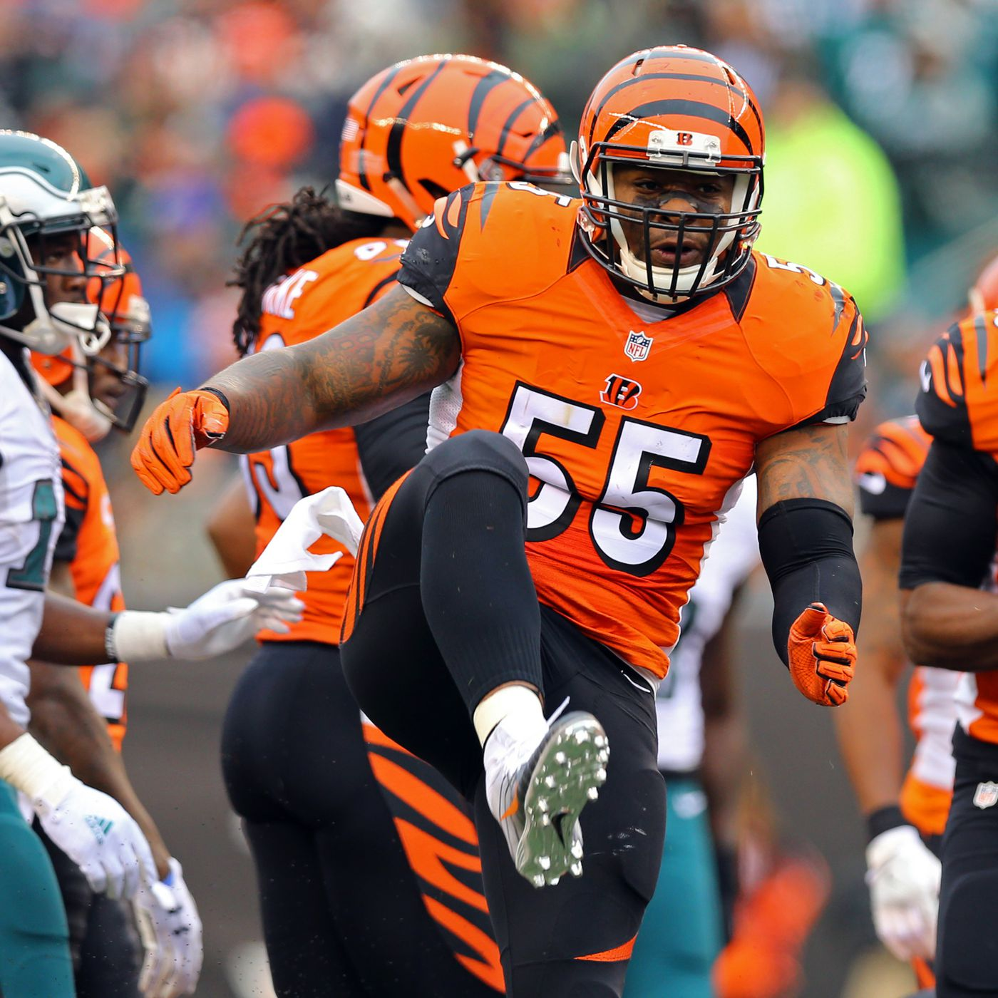 Vontaze Burfict Career Stats >> A Complete History Of Vontaze Burfict Being A Reckless Football