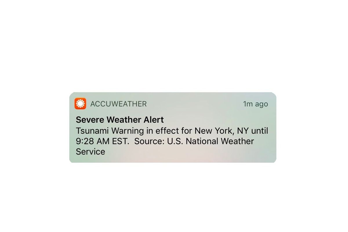 Accuweather blames the National Weather Service for this morning's on yahoo weather, intellicast weather,