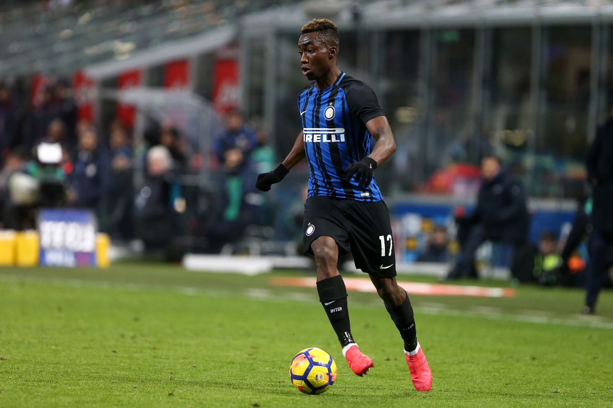 Yann Karamoh of FC Internazionale in action during the Serie...
