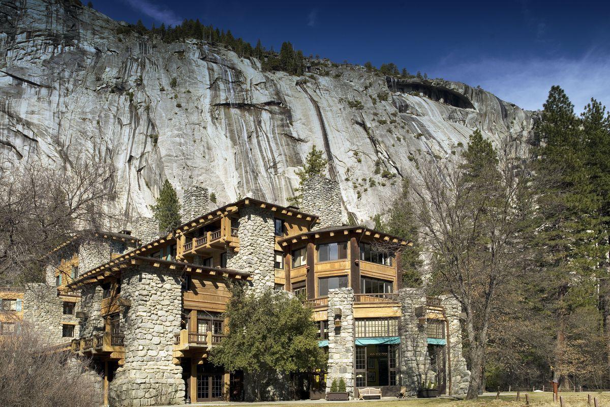 The Ahwahnee Hotel, Yosemite National Park, California