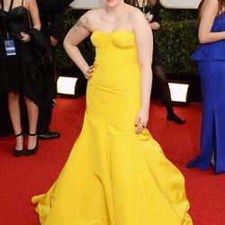 Lena Dunham in a blindly bright yellow Zac Posen gown.