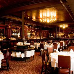 """<strong><a href=""""http://boston.eater.com/tags/locke-ober"""">Locke-Ober</a></strong>, Downtown Crossing. Step back into the 1800's as you enter one of Boston's oldest restaurants, decked out with imported French mirrors, artisan-carved mahogany, oak paneling"""