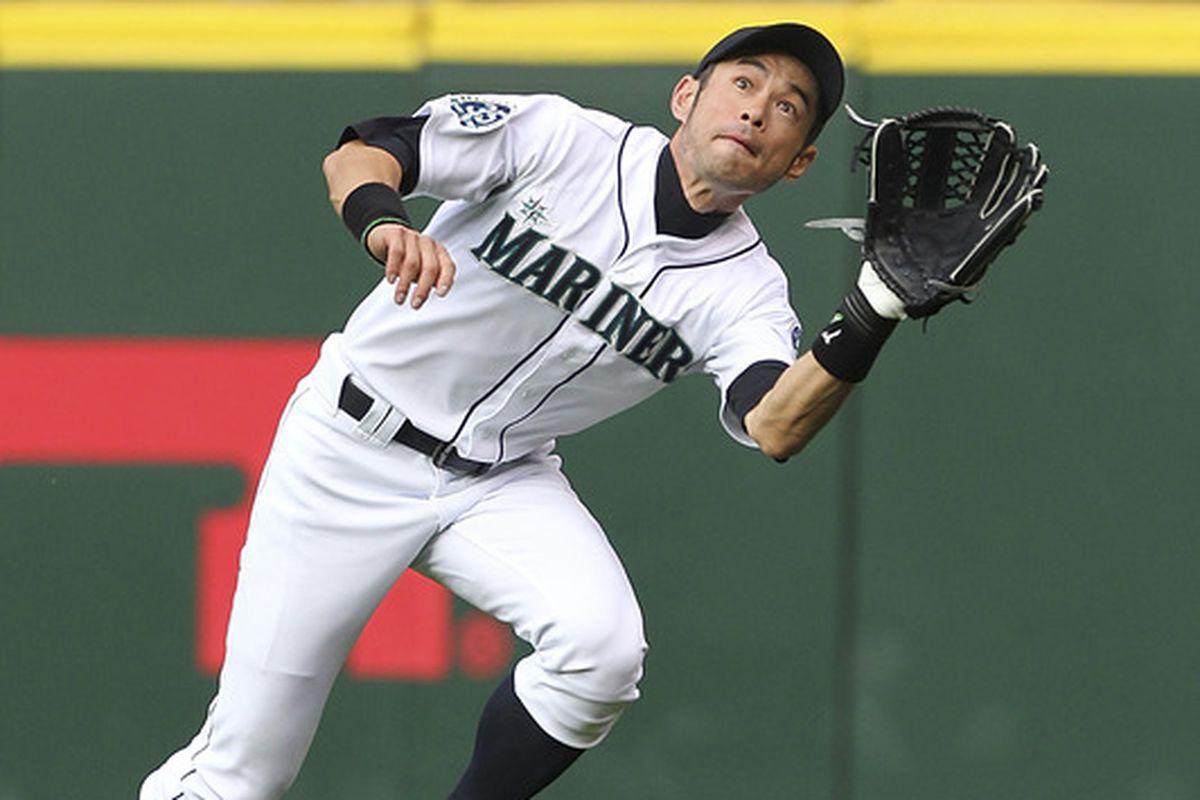 Ichiro Suzuki won a Gold Glove in each year from 2002 through 2007