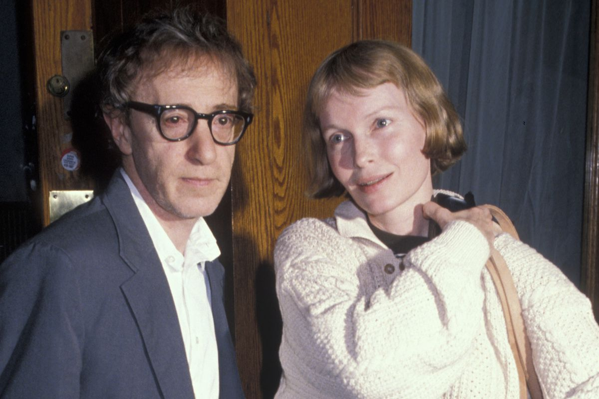Woody Allen and Mia Farrow Sighting at Primola Restaurant in New York City - May 31, 1990