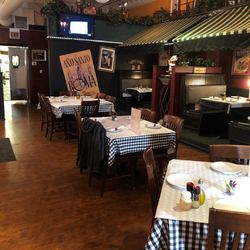 The dining room at Pat's Pizza in Lakeview. | Sun-Times Staff