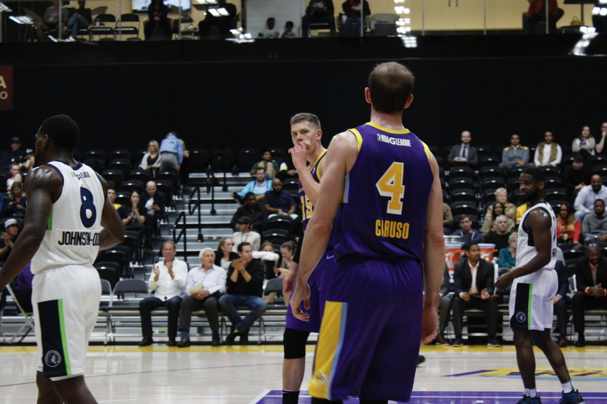 7a60d10ffaa4 Share Alex Caruso hits game-winner as Svi Mykhailiuk impresses in his South  Bay Lakers debut. tweet share Reddit Pocket Flipboard Email. Christian  Rivas ...