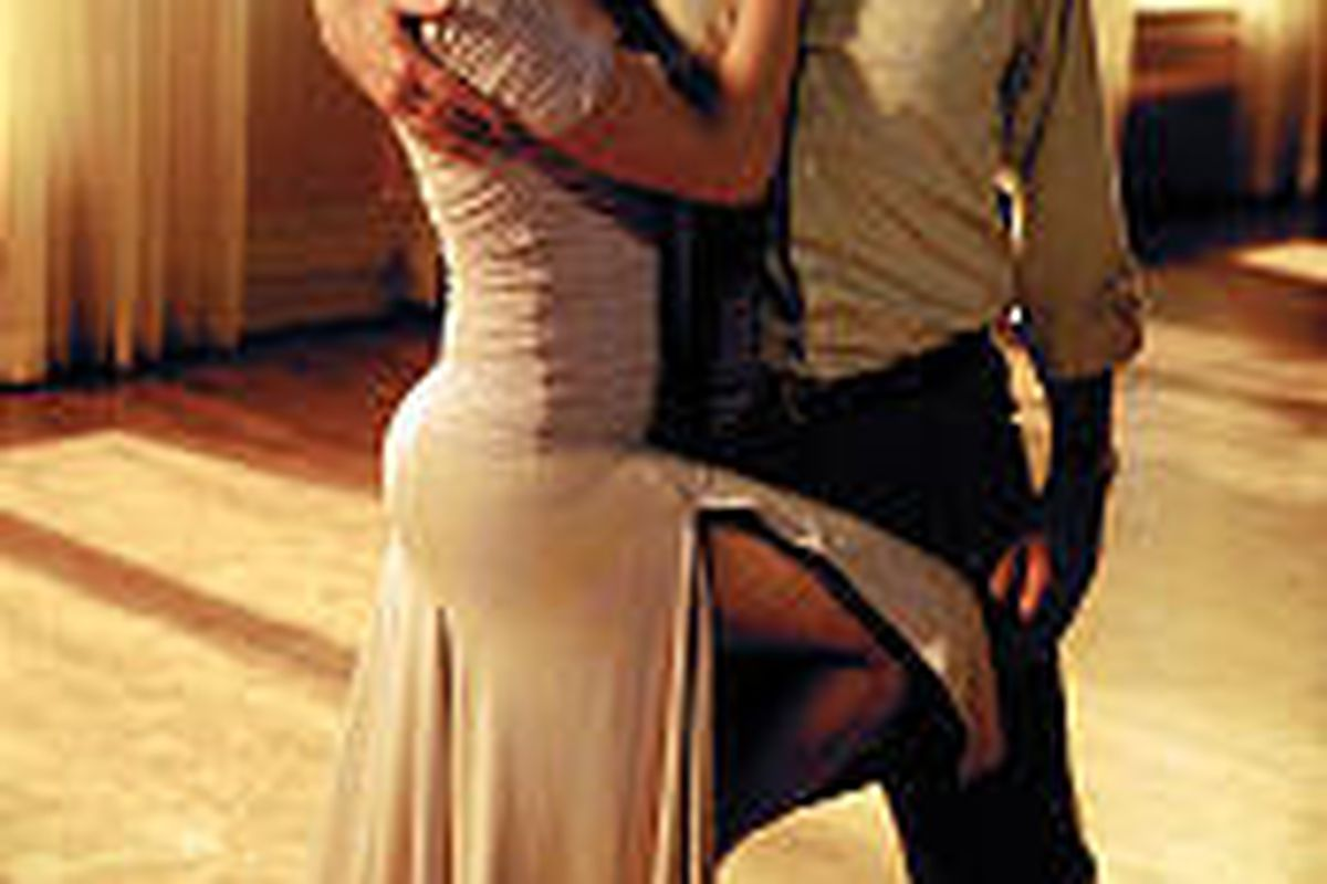 """Jennifer Lopez and Richard Gere show their moves in """"Shall We Dance."""""""