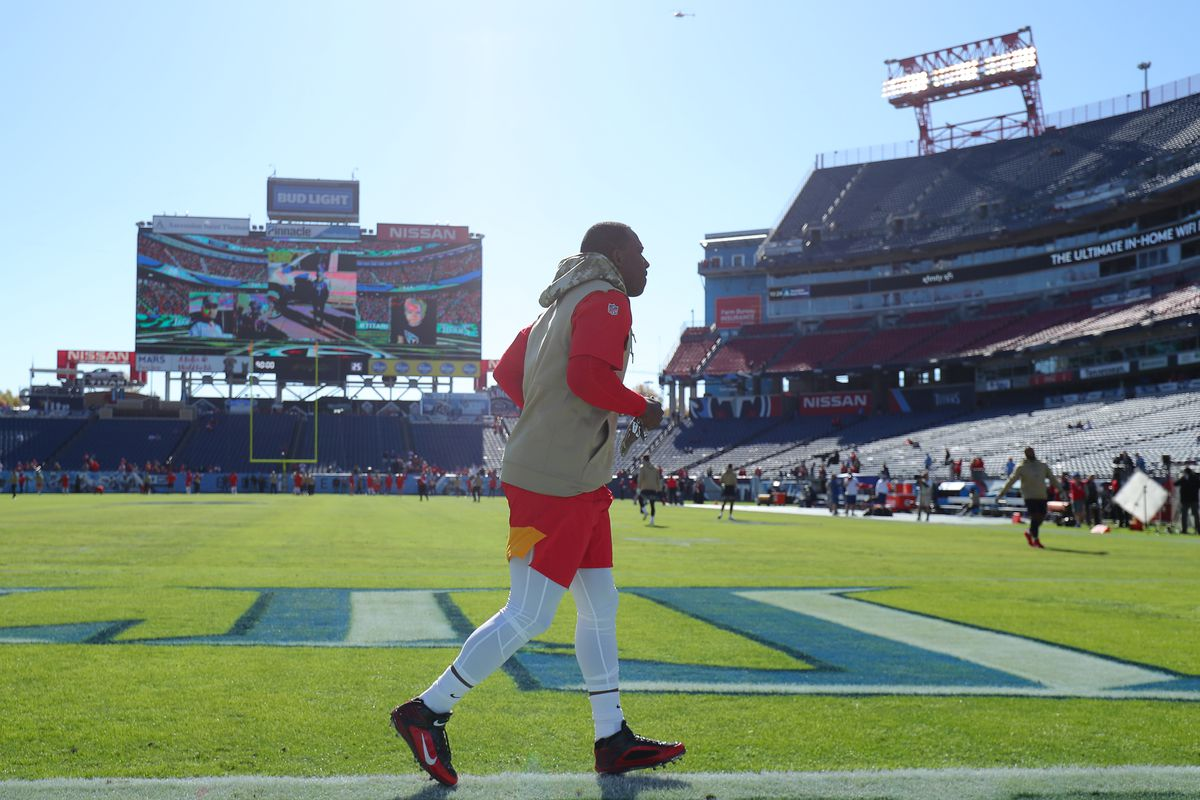 Running back LeSean McCoy of the Kansas City Chiefs warms up before playing against the Tennessee Titans at Nissan Stadium on November 10, 2019 in Nashville, Tennessee.