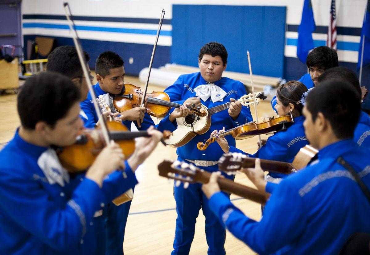 high school mariachi band