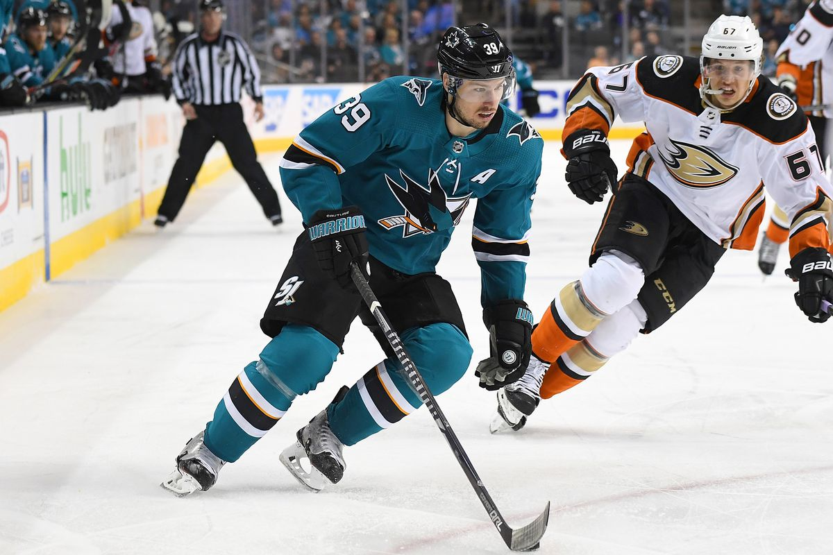 SAN JOSE, CA - APRIL 18: Logan Couture #39 of the San Jose Sharks skates with control of the puck against the Anaheim Ducks during the second period in Game Four of the Western Conference First Round during the 2018 NHL Stanley Cup Playoffs at SAP Center