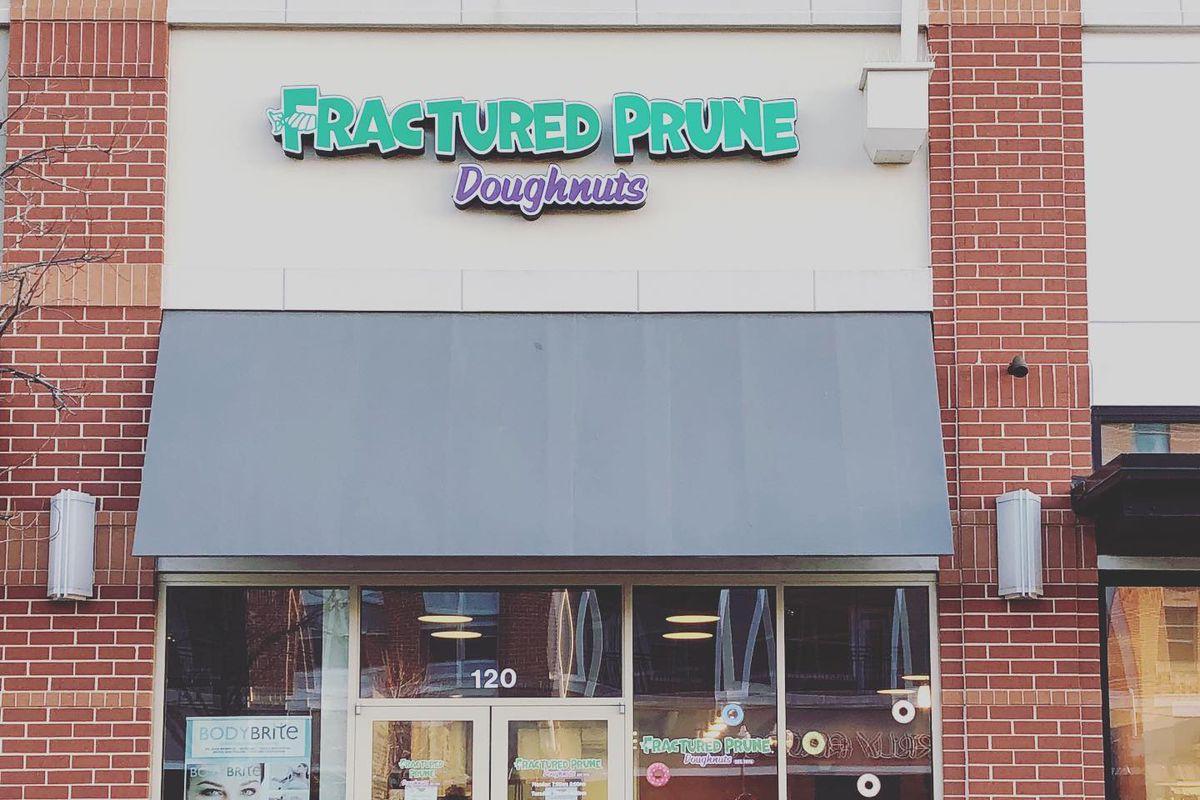 The front of the Fractured Prune in Leesburg, Virginia