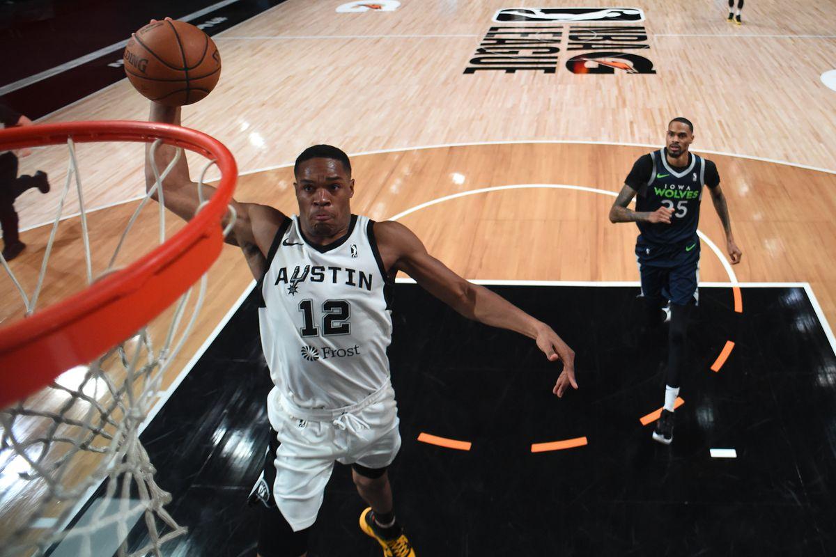 Austin Spurs v Iowa Wolves