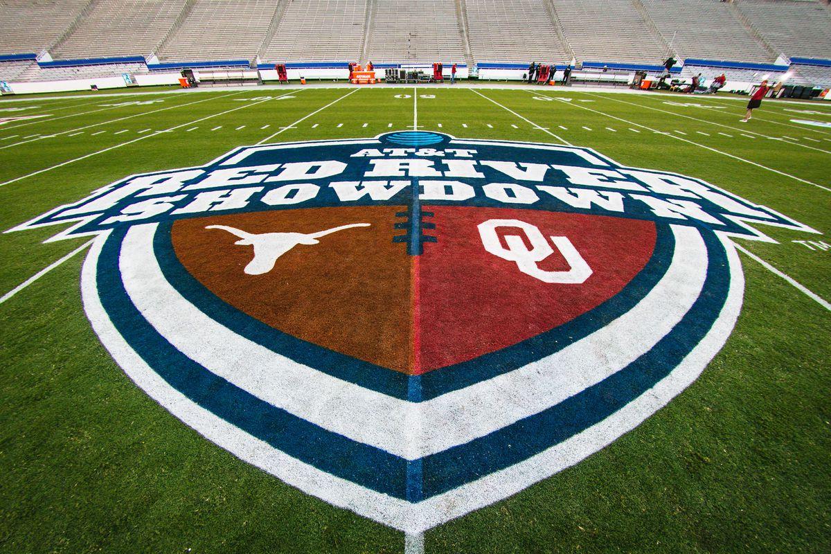 COLLEGE FOOTBALL: OCT 12 Texas v Oklahoma