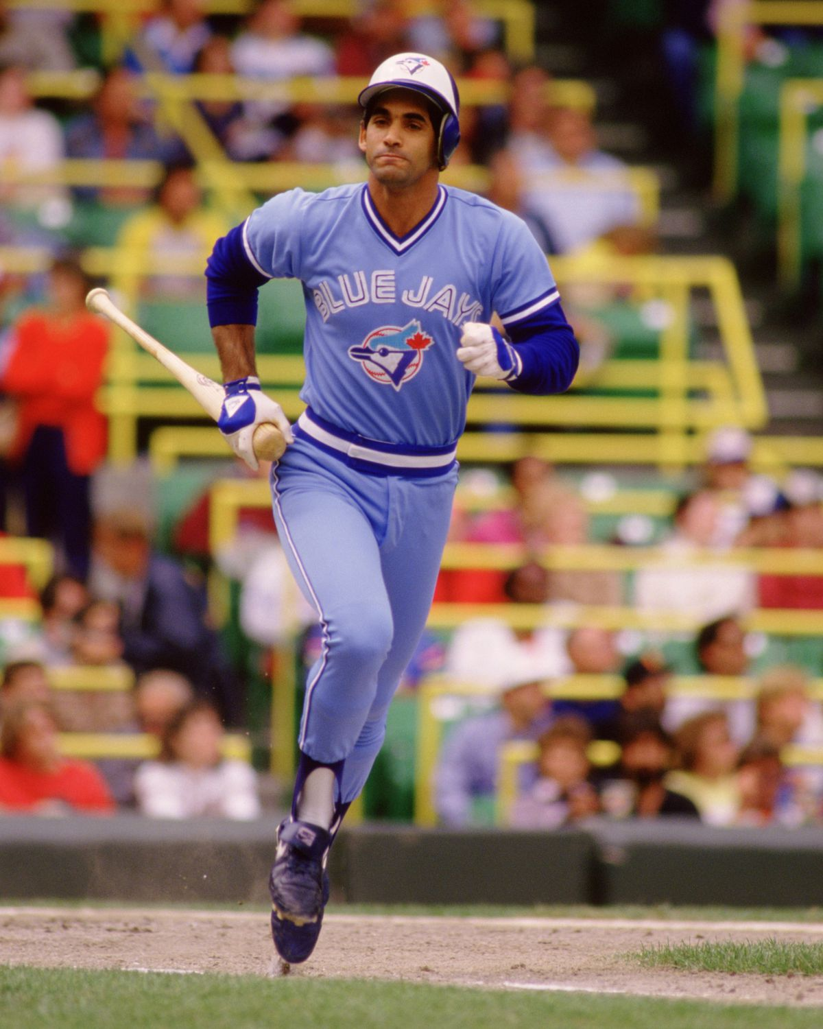 Damaso Garcia taking a sprint in 1986. Note the square L, U, E, and J in the wordmark.