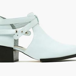 """Senso <a href=""""http://www.nastygal.com/shoes_booties/qimat-bootie-mint"""">Qimat bootie in mint</a>: """"I'm not really a head-to-toe pastels kind of girl, but am open to dabbling with saccharine shades in my accessories. These mint green Senso booties--toughen"""