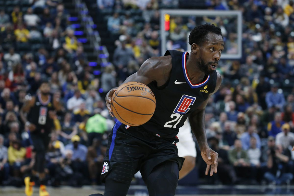 Los Angeles Clippers guard Patrick Beverley drives to the basket against the Indiana Pacers during the first quarter at Bankers Life Fieldhouse.