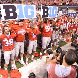 Ohio State celebrates on the field as Big 10 champions