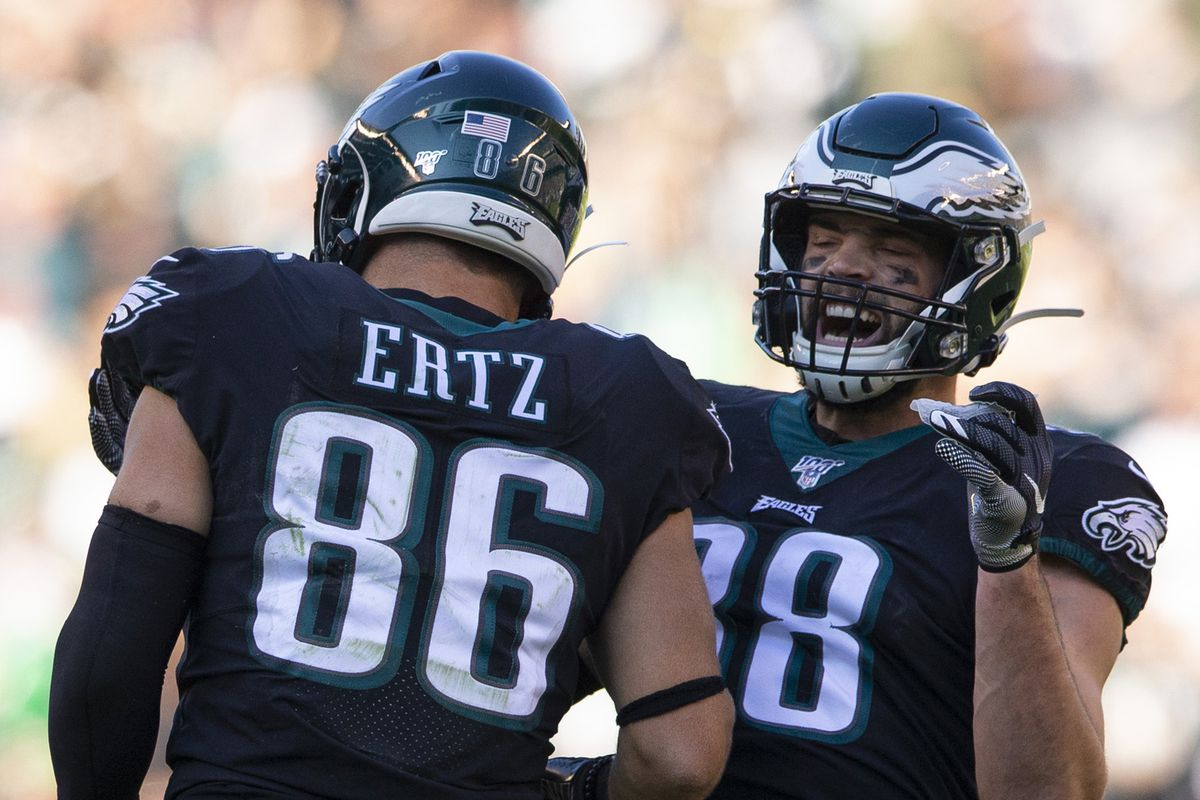 What the Eagles should do at tight end: Outlooks for Zach Ertz, Dallas Goedert, others