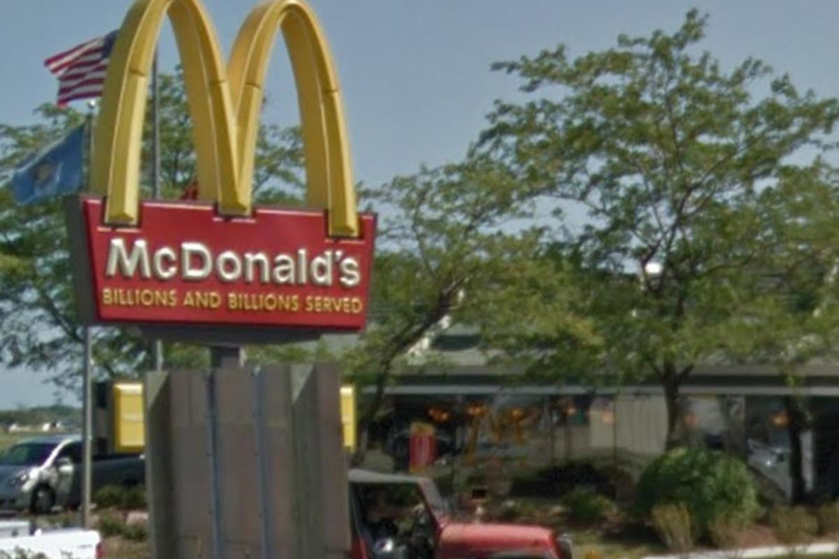 McDonald's at 13343 Washington Ave, Mt Pleasant, WI 53177.