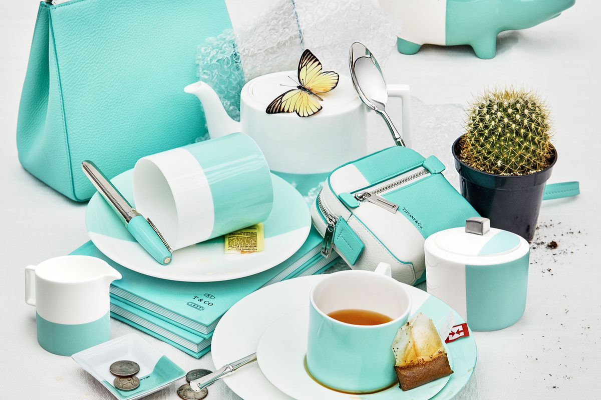 b06a62f8e980e Tiffany & Co. pops up a breakfast service in Beverly Hills next ...