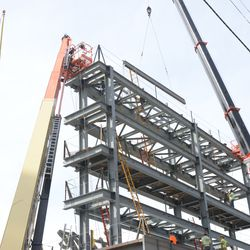 2:59 p.m. Another angle showing the video board structure -