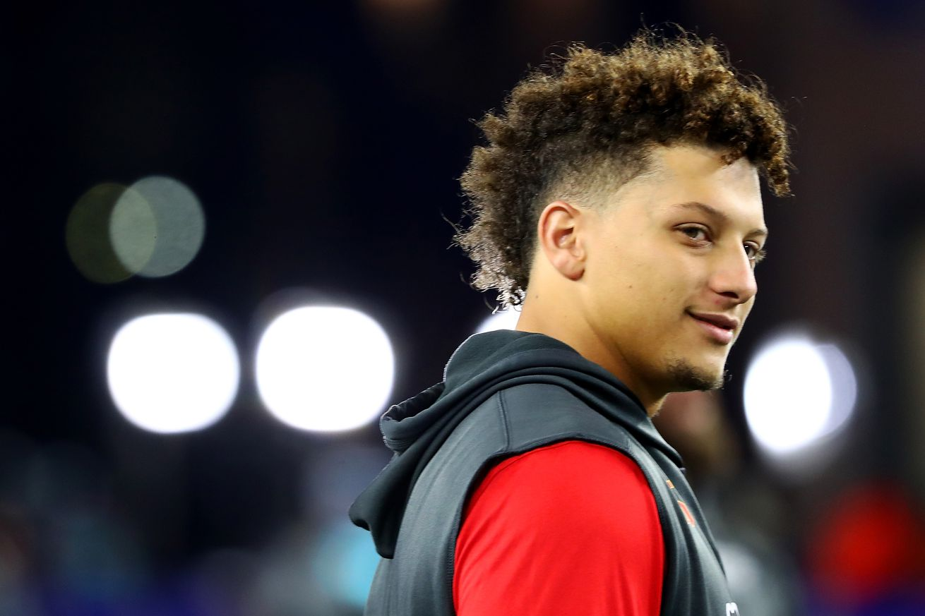 1052148292.jpg.0 - Patrick Mahomes is not a curse like Drake, thank god