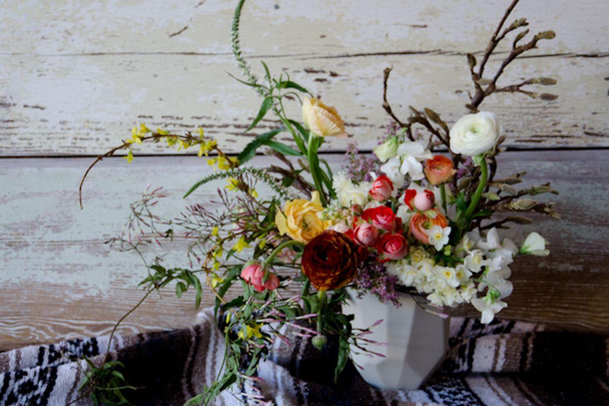 "It isn't really Valentine's Day without fresh flowers; photo via <a href=""http://www.studiochoo.com/"">Studio Choo</a>"