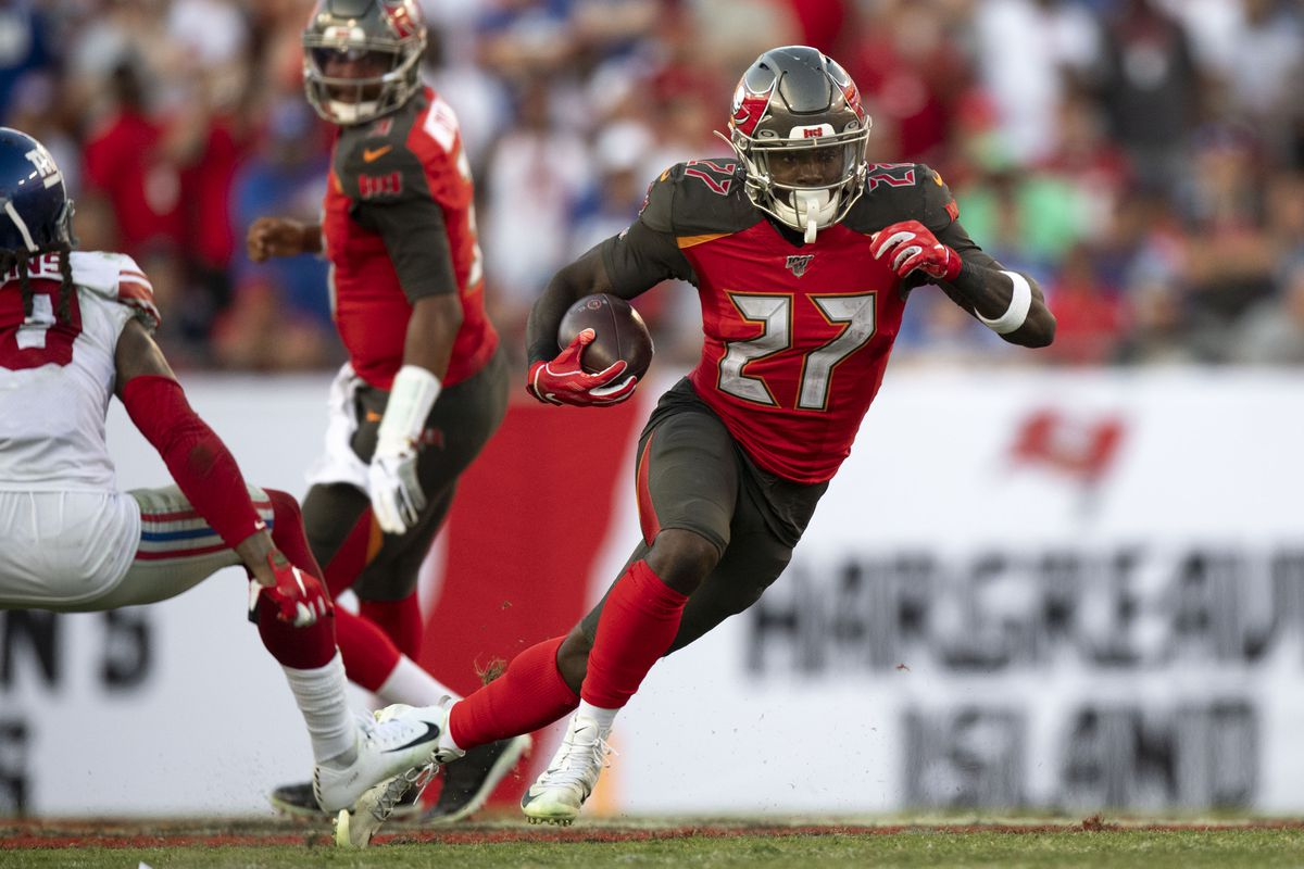 Tampa Bay Buccaneers running back Ronald Jones runs the ball during the fourth quarter against the New York Giants at Raymond James Stadium.