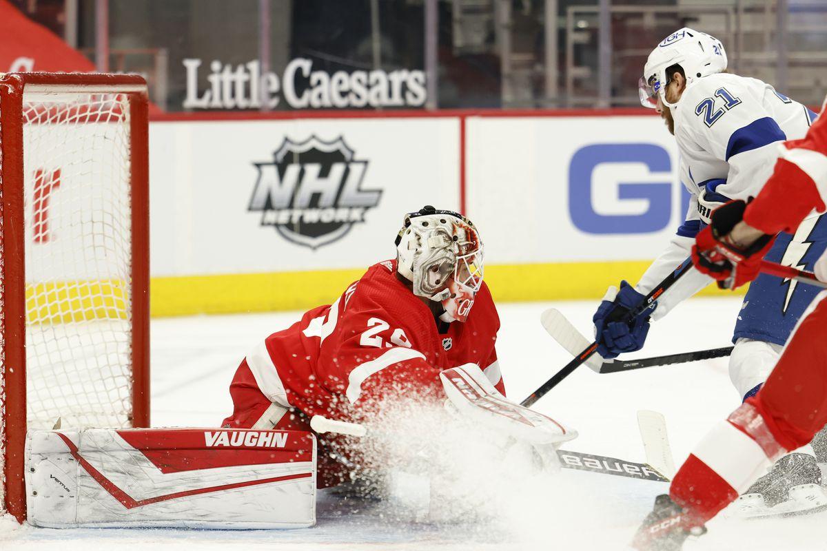 NHL: Tampa Bay Lightning at Detroit Red Wings