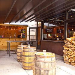 """<a href=""""http://boston.eater.com/archives/2012/06/14/heres-the-new-sweet-cheeks-beer-garden.php"""">Boston: Presenting the Brand New <strong>Sweet Cheeks Beer Garden</strong></a> [Cal Bingham]"""