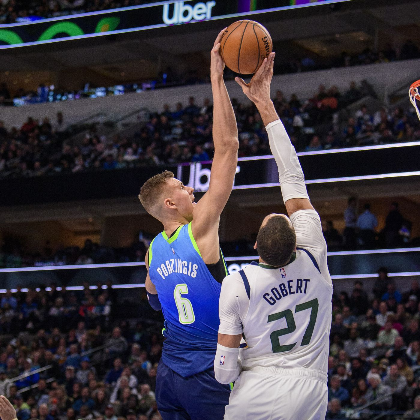 Nba To Suspend Play Following Rudy Gobert Of The Jazz Testing Positive For Covid 19 Mavs Moneyball