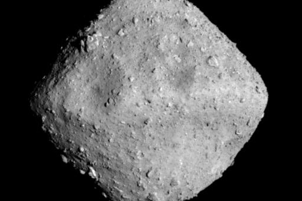A Japanese Spacecraft Just Blasted A New Crater Into An