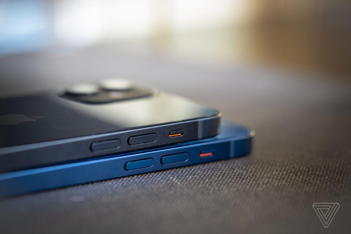 iPhone 12 mini (top) and the regular iPhone 12