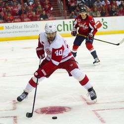 Zetterberg With Puck