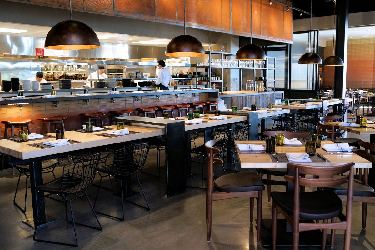 The exhibition kitchen at Wolfgang Puck Bar & Grill