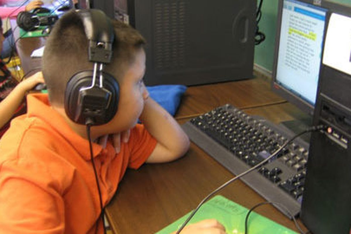 A student works at one of Hope Online's learning centers. (Chalkbeat file photo),