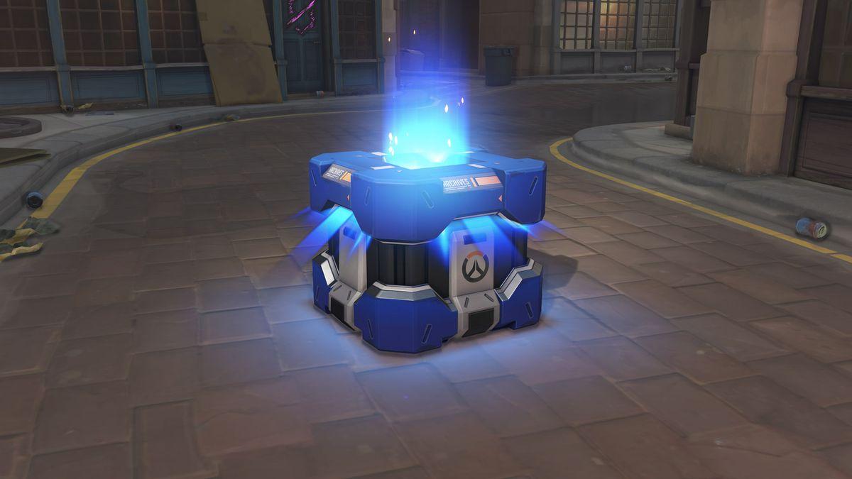 A screenshot of an Overwatch Anniversary loot box