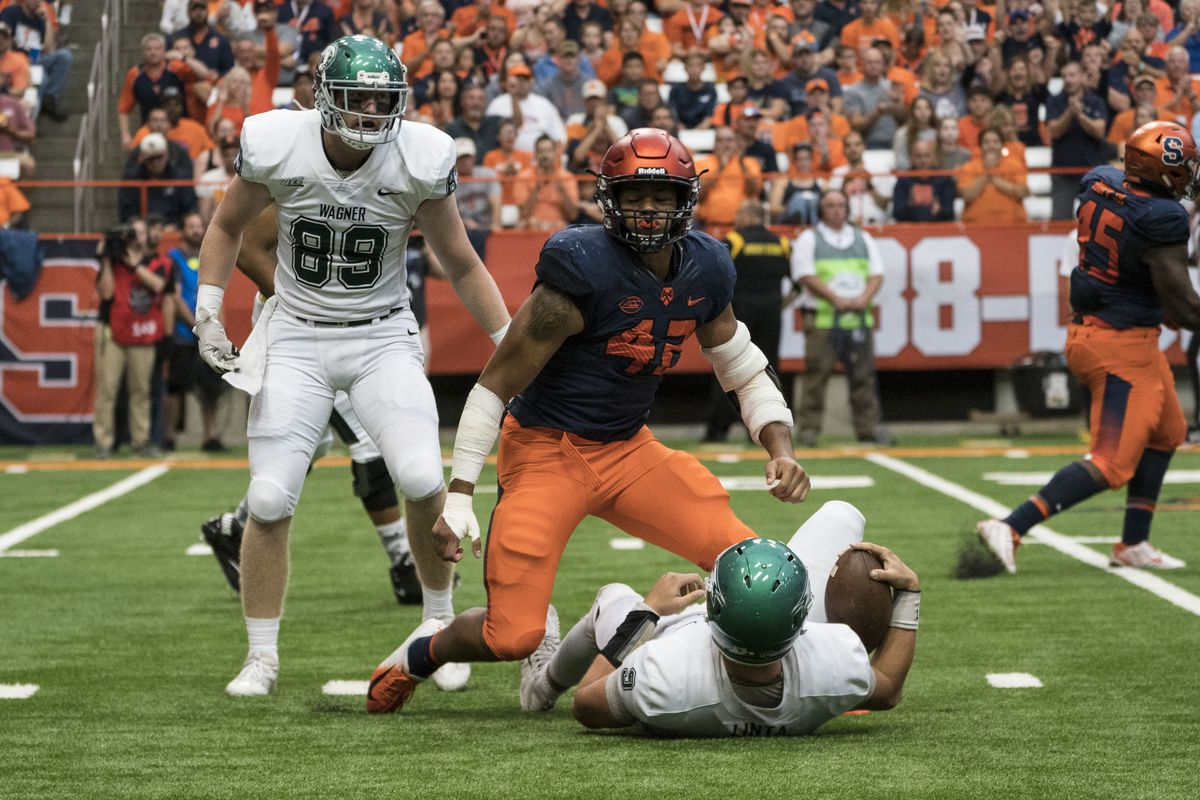 COLLEGE FOOTBALL: SEP 08 Wagner at Syracuse