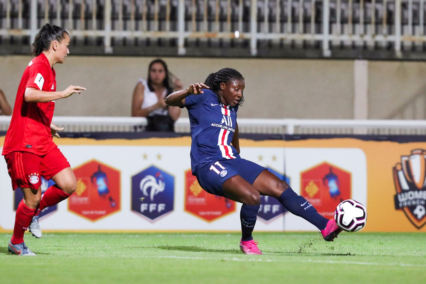It S Olympique Lyonnais World And The Rest Of Division 1 Feminine Are Just Living In It All For Xi