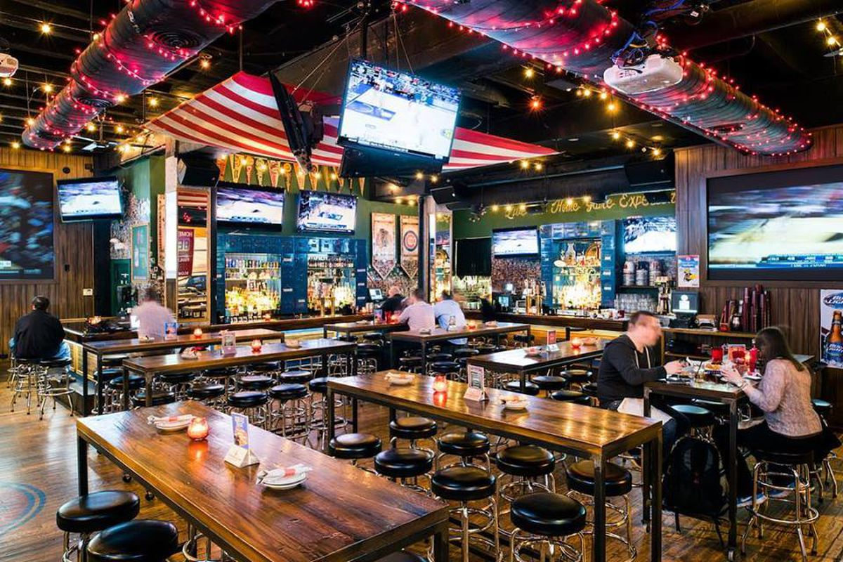The Anthem Sports Bar Is Closing to Reconcept in Wicker Park - Eater