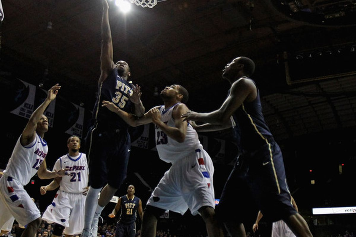 Pitt does the unthinkable (Photo by Jonathan Daniel/Getty Images)