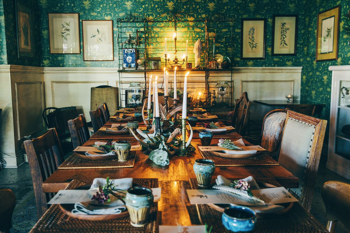 Hatchet hall private dining room fuss and feathers